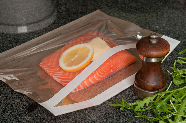 Self-seal oven/microwave steam-cooking bags